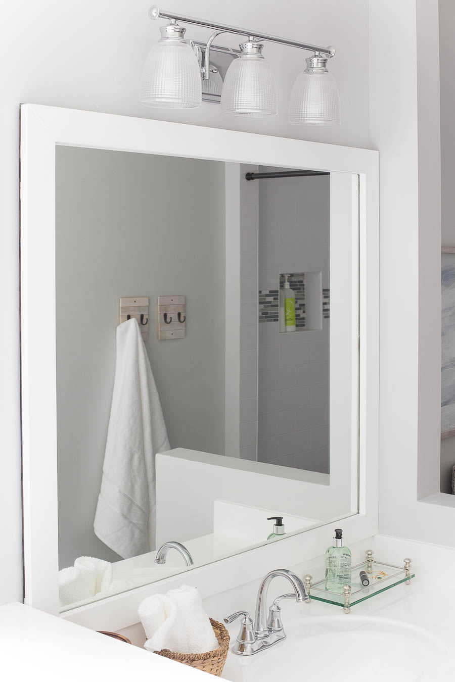 how to frame a bathroom mirror over plastic clips how to frame a bathroom mirror easy diy project 26489